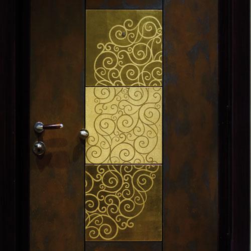 decorazione porta foglia oro